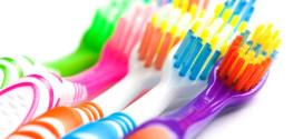 Testa spazzolino Colgate